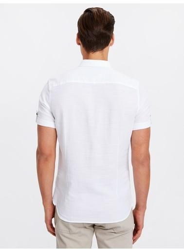 LC Waikiki Slim Fit Kısa Kollu Gömlek Beyaz